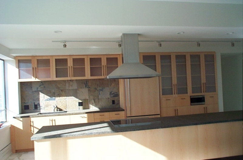 kitcheni